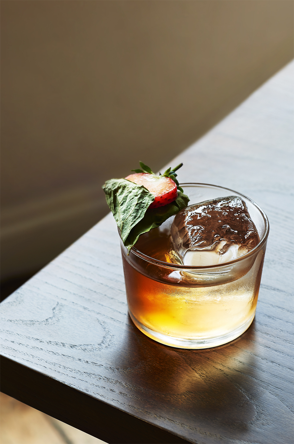 STATESMAN: knotweed - woodford reserve - cocchi americano - fermented Strawberry