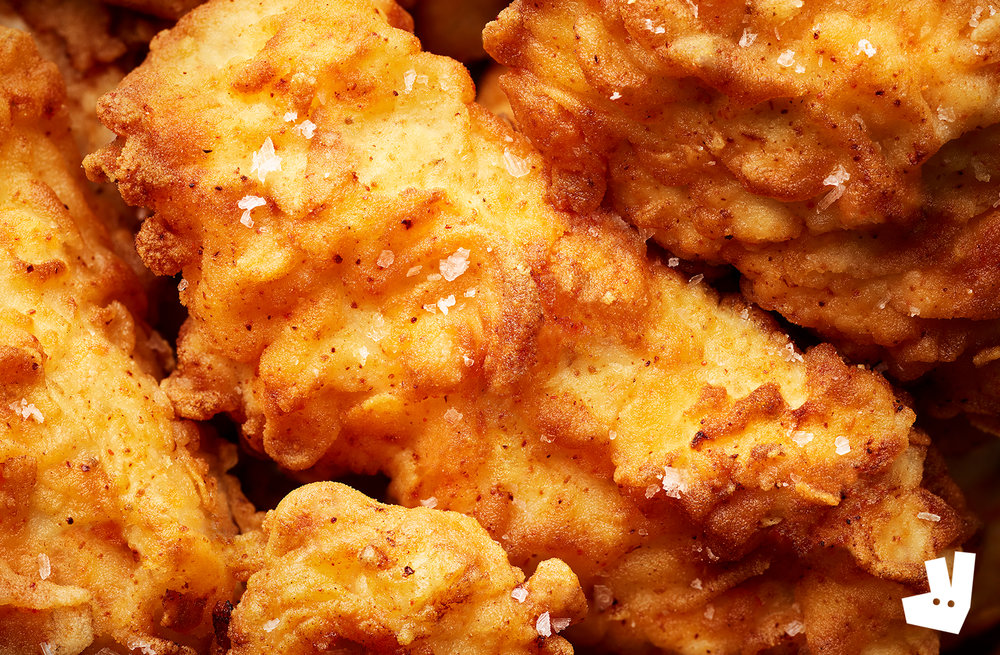 food photographer photography london uk photos england europe eat dinner lunch breakfast brunch tasty delicious drinks cocktails restaurant recipe cookbook cocktail advertising deliveroo take away fast delivered chicken fried drumstick breast wing southern kentucky spiced salt batter crust tender fryer golden poultry