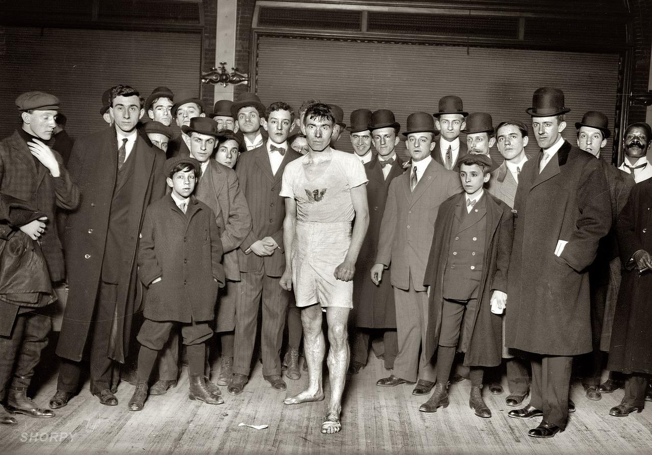 James Crowley, 2nd in Brooklyn Marathon , 1909 George Grantham Bain