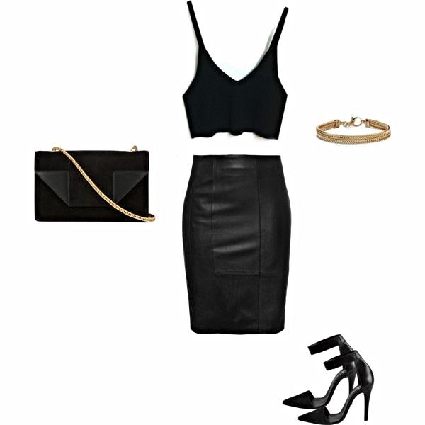 Monochromatic Black- A Classic Look!