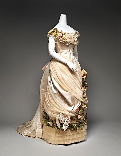 Image via Pinterest - Charles Fredrick Worth Couture gown