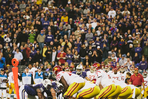 UW Huskies USC Trojans football