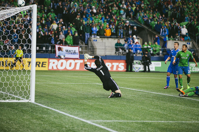 shot on goal Seattle Sounders