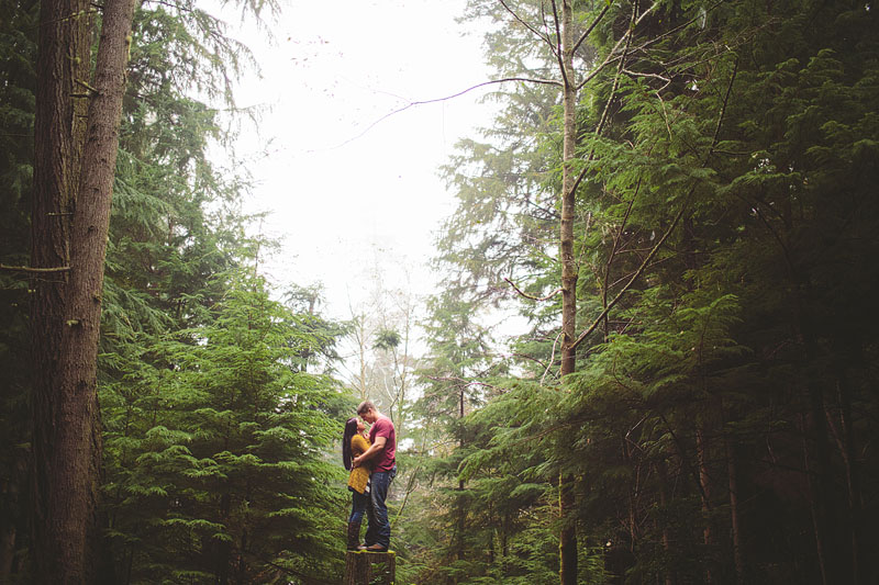 Point Defiance engagement photography