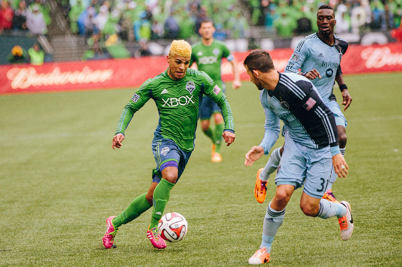 Seattle Sounders FC defeat Sporting Kansas City - Photo by Mike