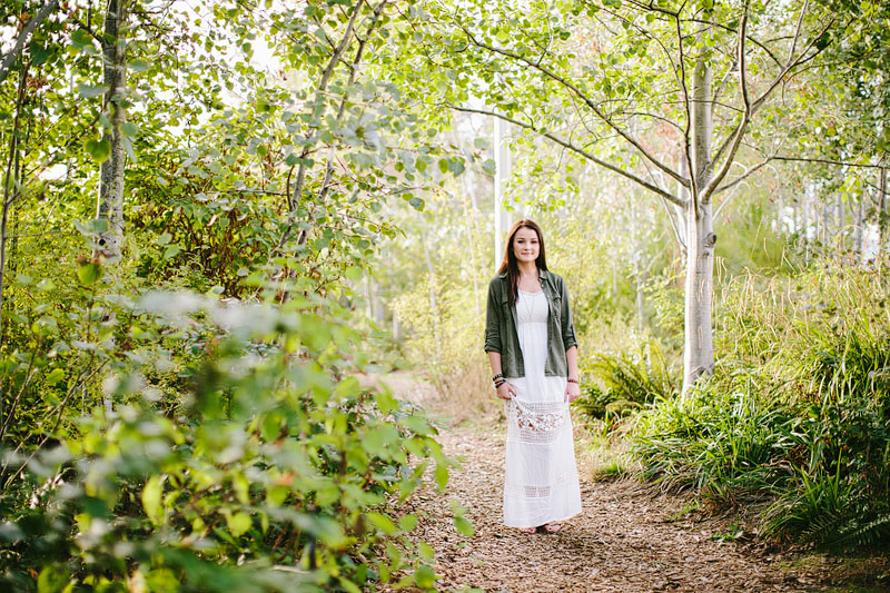 Seattle girl senior portraits by Mike Fiechtner Photography