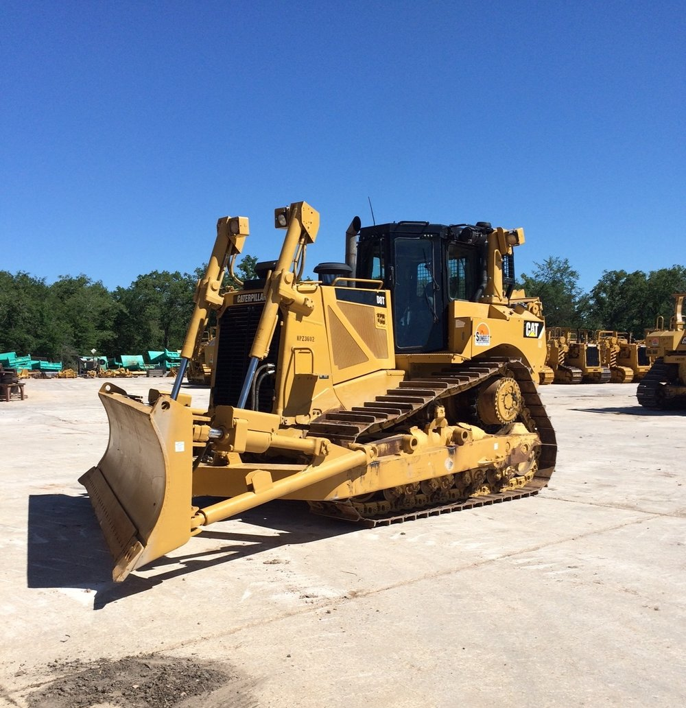 D8T Caterpillar Dozer with Angle Blade and Winch