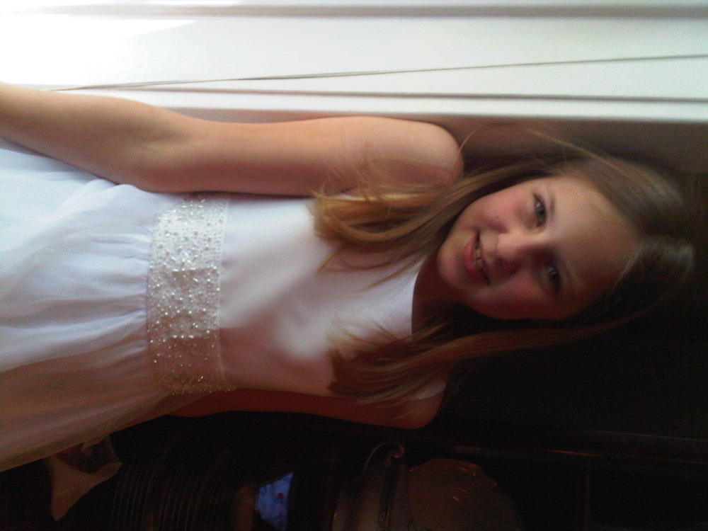 Olivia_in_her_communion_dress