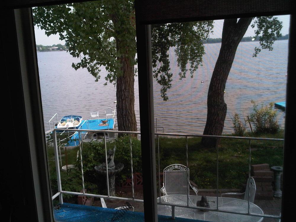 View_of_lake
