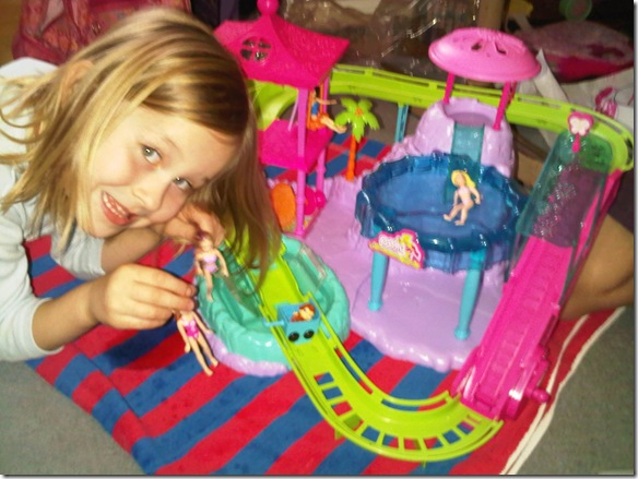 mia_playing_polly_pocket