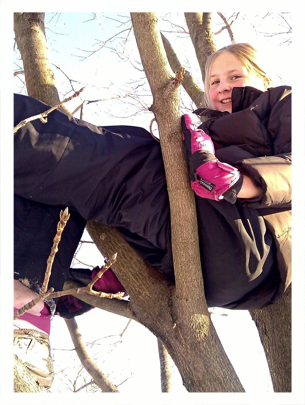 Olivia-in-tree
