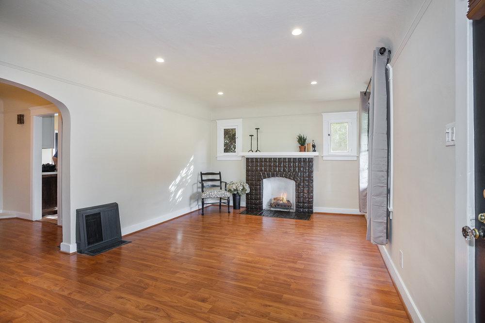 photographer living room