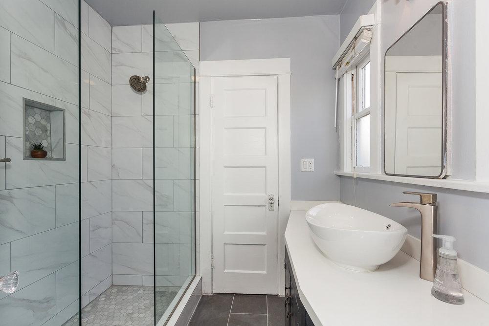 bathroom remodel photographer