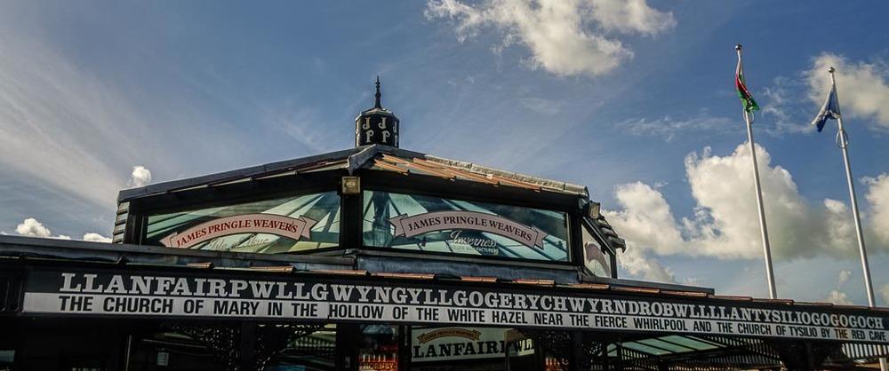 Llanfairpwllgwyngyllgogerychwyrndrobwllllantysiliogogogoch, Anglesey, Wales