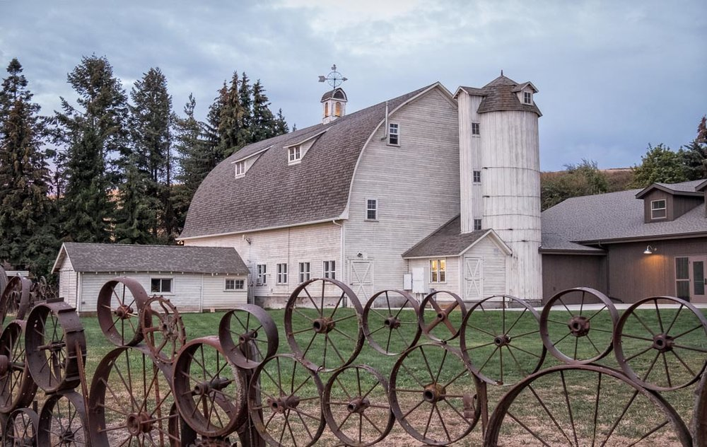 Artisans of the Dahmen Barn, Uniontown, Washington