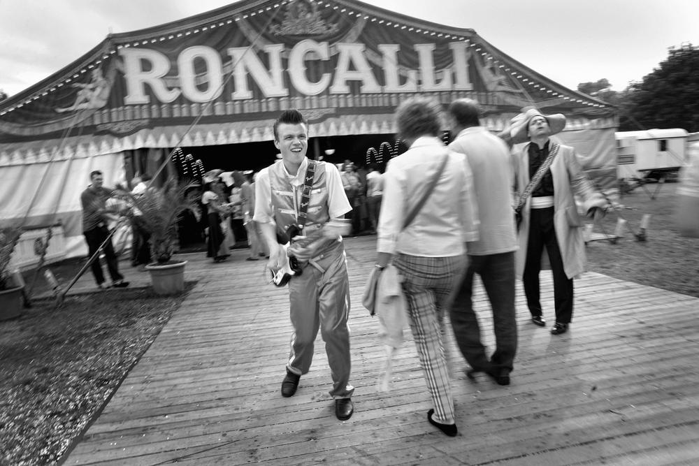 Roncalli Einlass.jpg