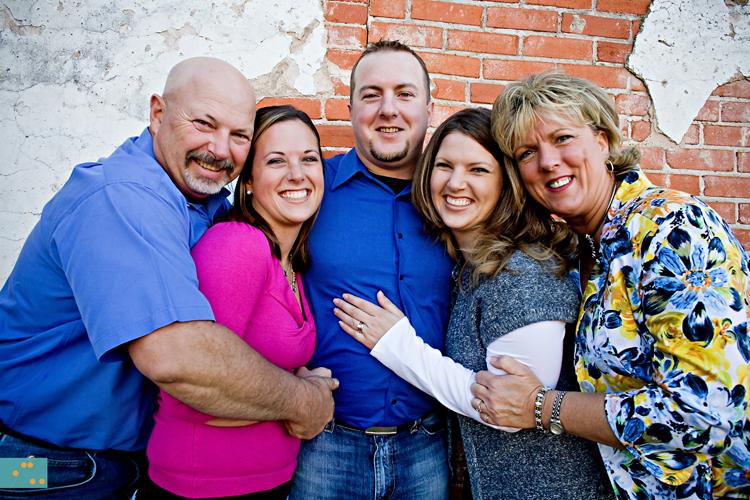 bophotography-familycuddletimpy.jpg