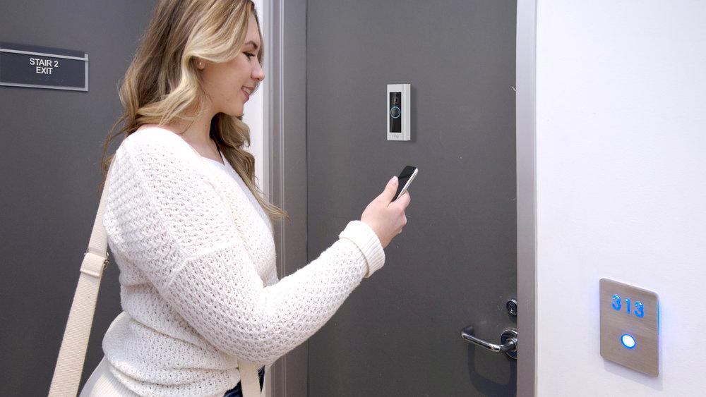4. When you arrive at the door, smart doorbell detects the motion.