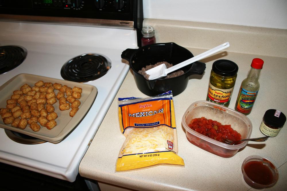 Preparing to make totchos