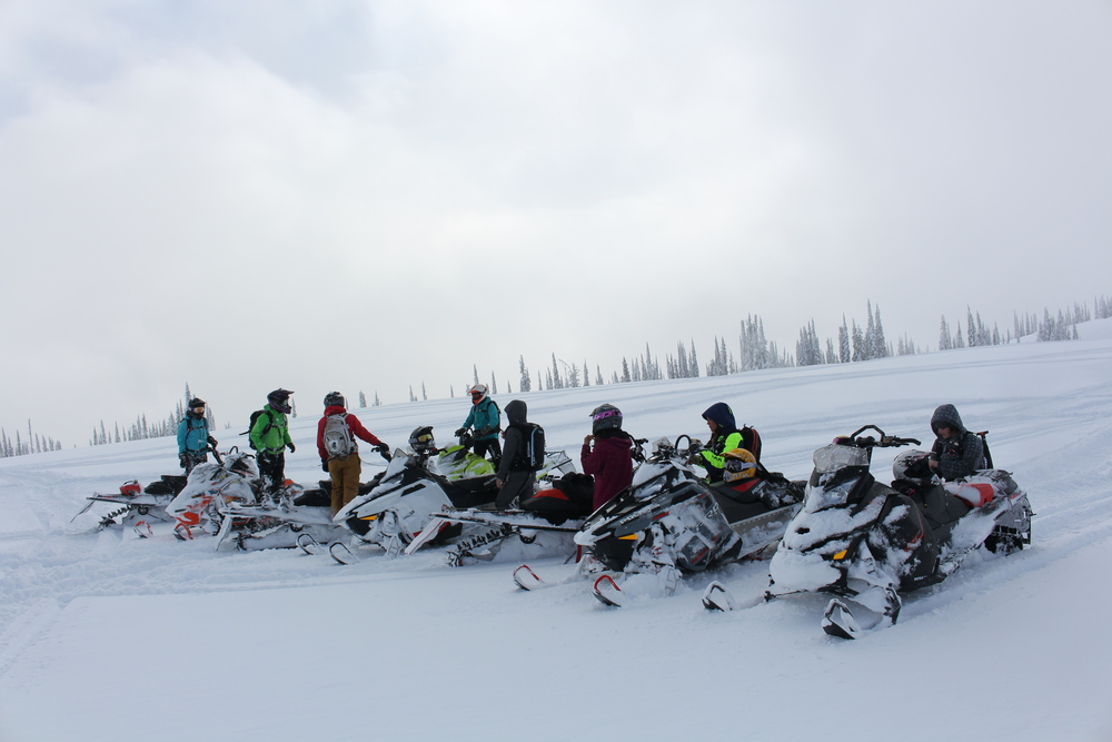 A little re-group after a great Bootcamp in Revelstoke last season. Snow everywhere!!!