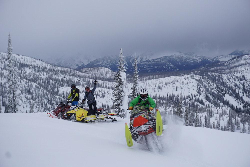 Team Riderz getting after the hot pow!