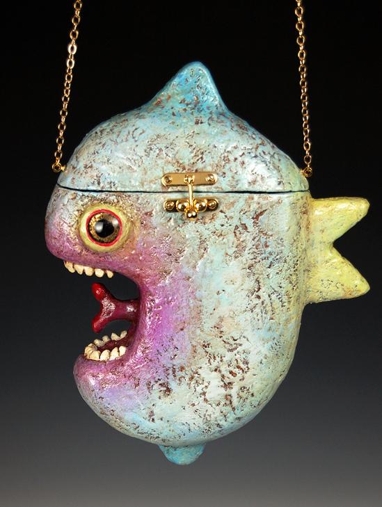 Fish_purse e.jpg