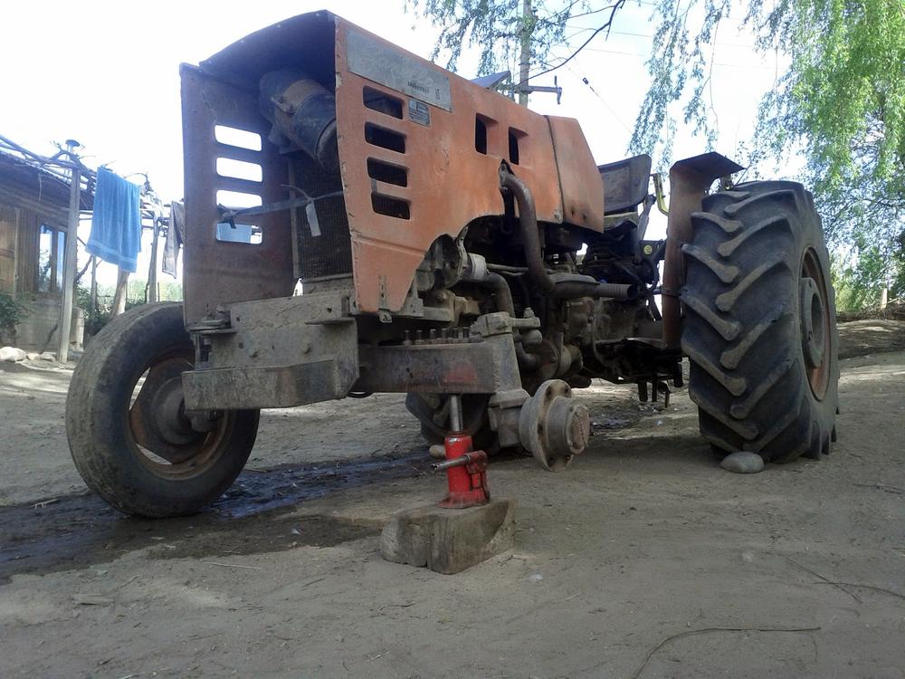 ARG_Tractor.jpg