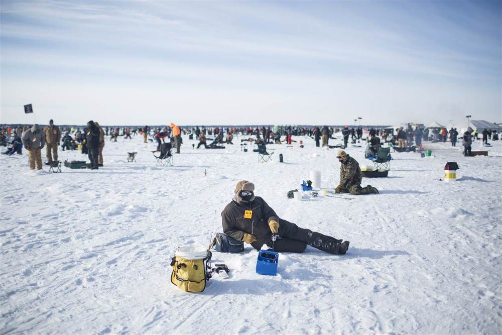 ackermangruber_icefishing_15.nbcnews-ux-1280-900.jpg