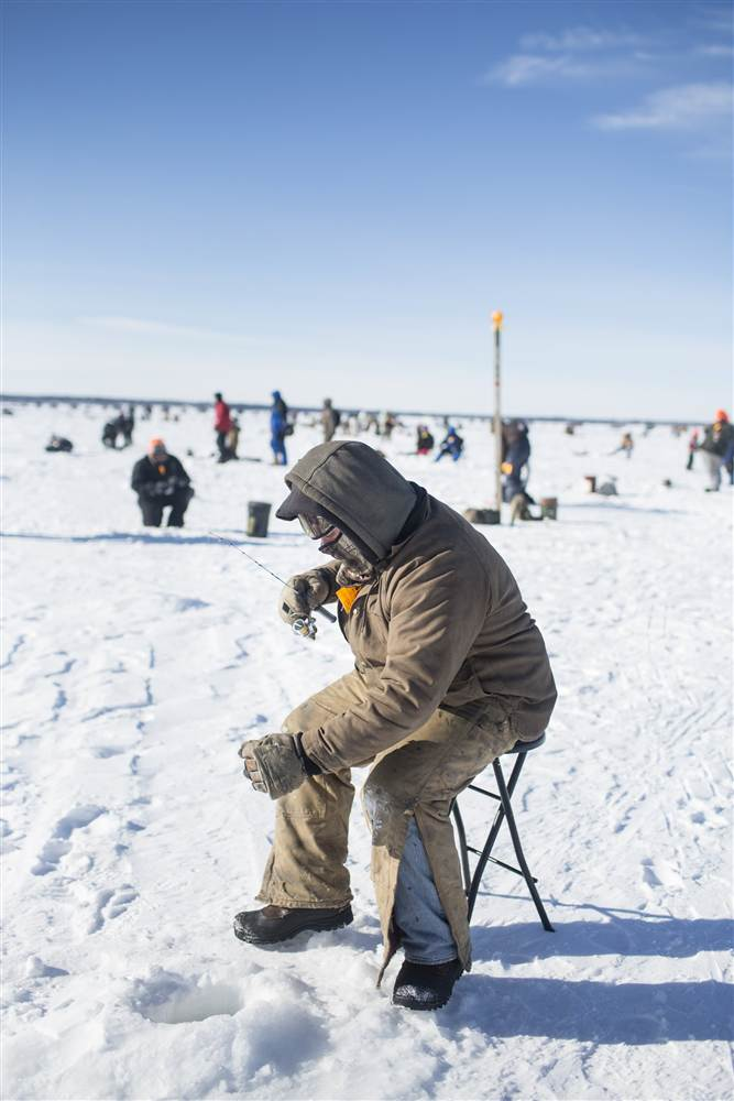ackermangruber_icefishing_17.nbcnews-ux-680-1000.jpg
