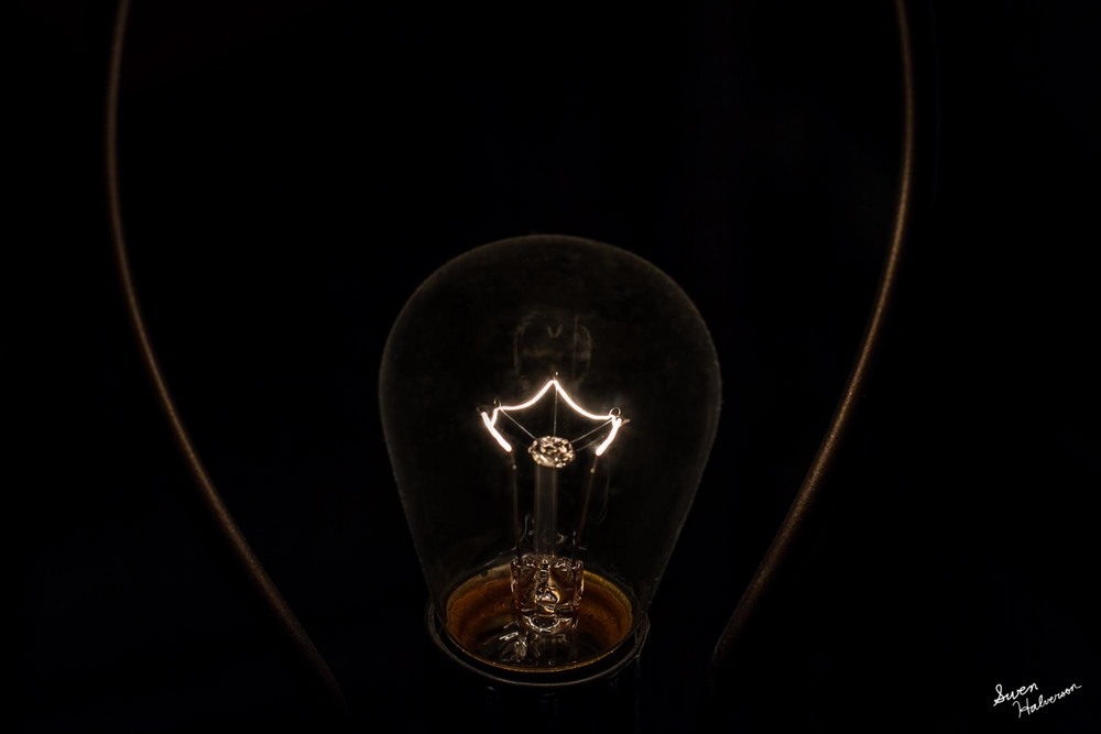 Theme: Hollow Title: The Light Bulb