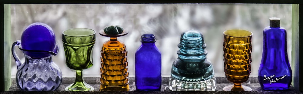 Theme: Melodic Title: 7 Glass Vessels