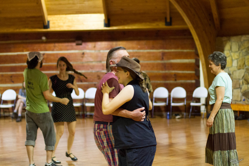 Contra dancing in Berea-003.jpg