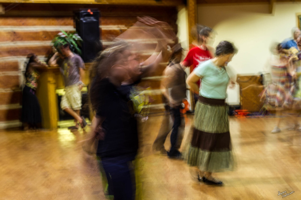 Contra dancing in Berea-009.jpg