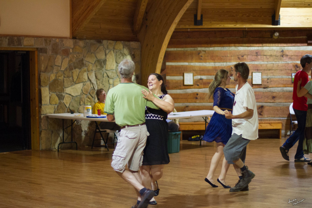 Contra dancing in Berea-012.jpg