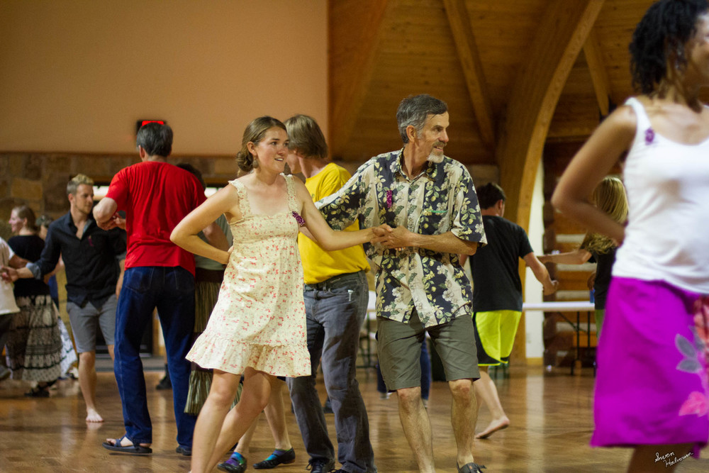 Contra dancing in Berea-024.jpg