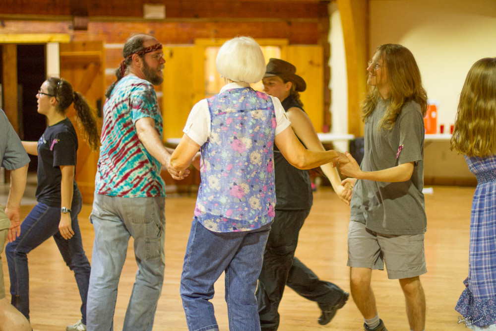 Contra dancing in Berea-033.jpg
