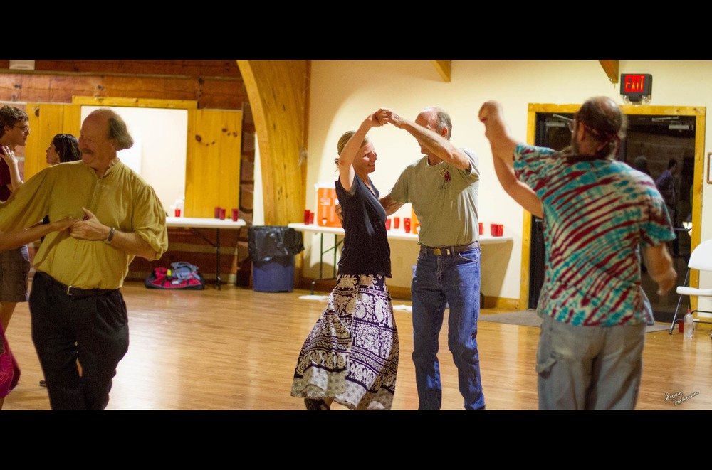 Contra dancing in Berea-008.jpg