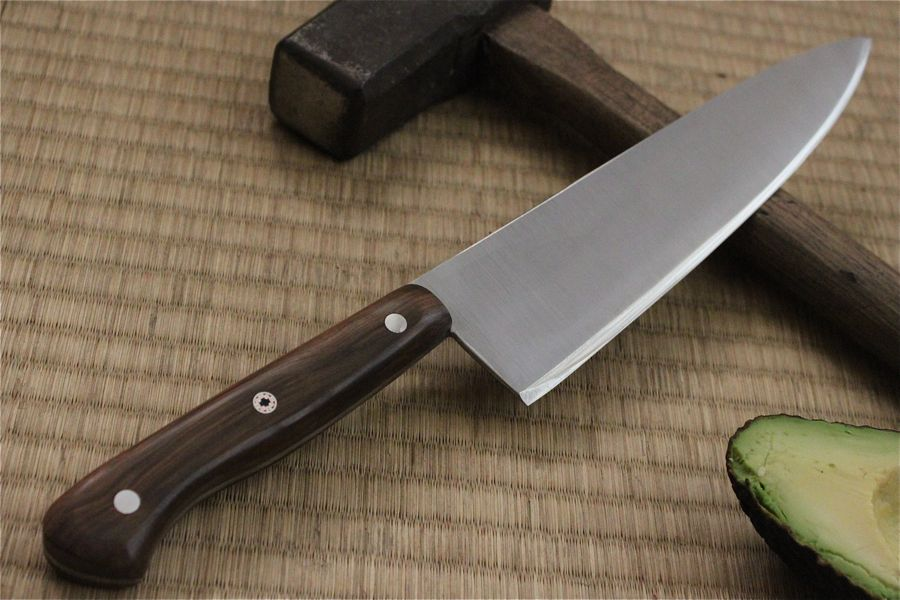 Full reverse shot of the knife.