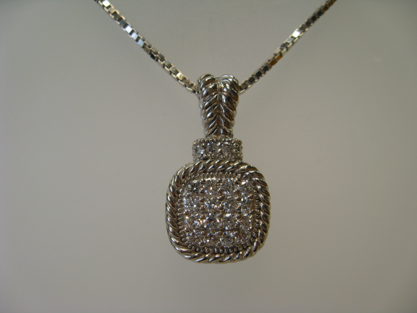 Customer Pendant