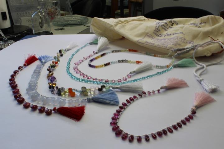 Unpacking beads