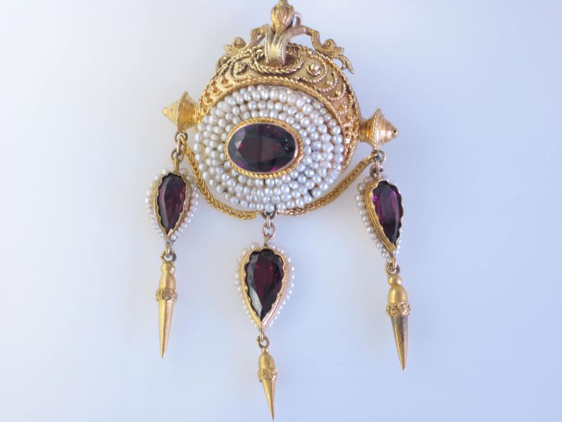 Victorian antique garnet pin