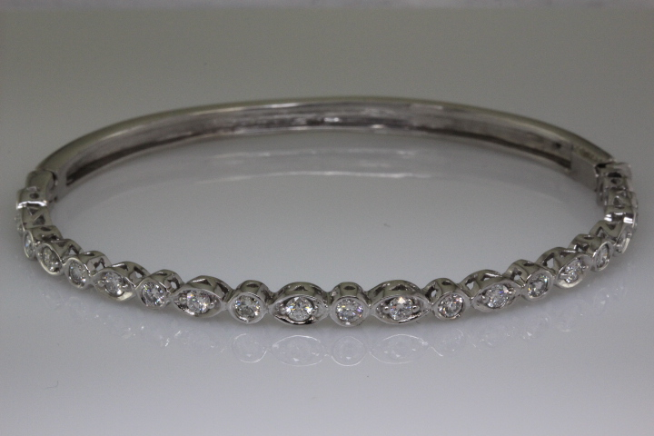 Diamond palladium bracelet