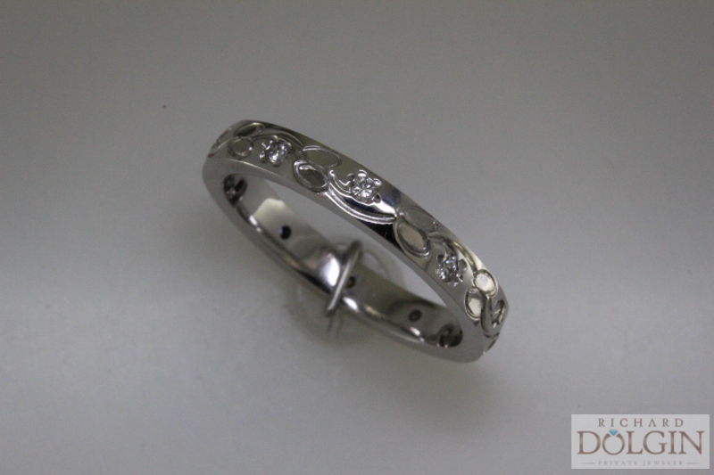 Floral Engraved Diamond Band