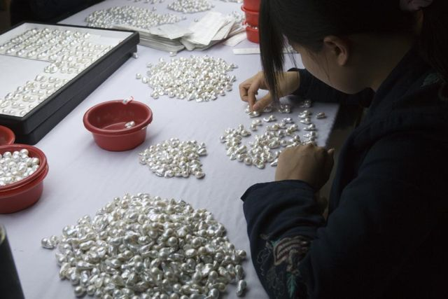 Sorting pearls