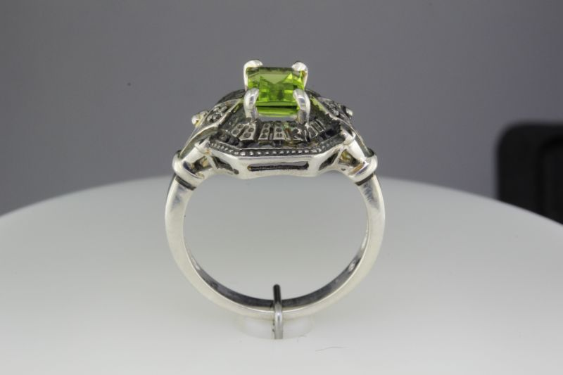 Custom made peridot ring