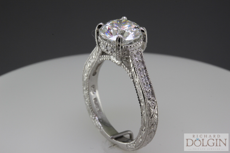 Angle view - Engagement ring