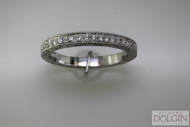 Top view - Matching wedding band