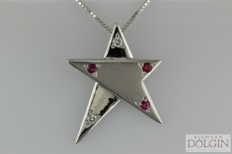 Star pendant (1 of 1).jpg