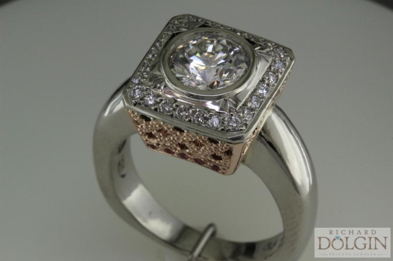 1.25 carat round brilliant center diamond