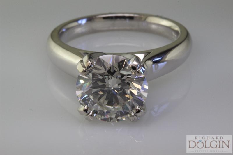 4 carat round diamond